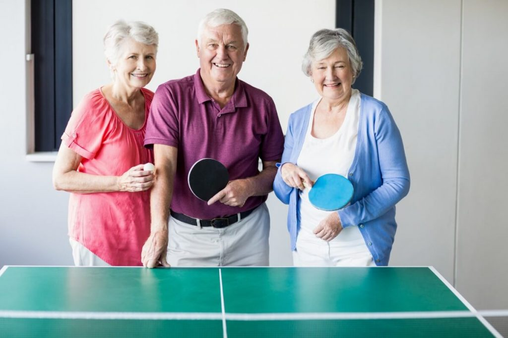 Playing-table-tennis-is-good-for-the-elderly_S